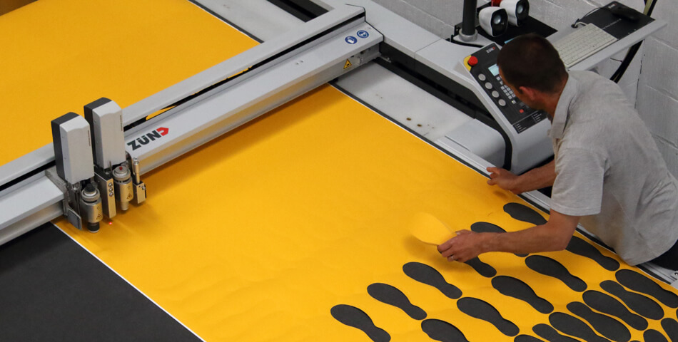 Heskins Zund Tool-less Die Cutting Machine